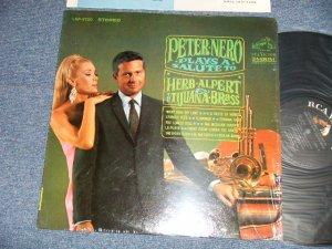 画像1: PETER NERO - PLAYS A SALUTE TO HERB ALPERT & TIJUANA BRASS  (MINT-/MINT-) / 1967 US AMERICA ORIGINAL STEREO  Used LP