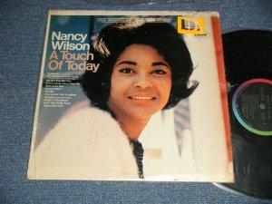 """画像1: NANCY WILSON  - A TOUCH OF TODAY (MINT-/Ex+++ Looks:Ex++ ) / 1966 US AMERICA ORIGINAL """"BLACK with RAINBOW CAPITOL Logo on TOP Label"""" STEREO Used  LP"""