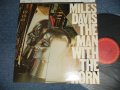 MILES DAVIS - THE MAN WITH THE HORN (MINT-/MINT-) / 1981 US AMERICA ORIGINAL Used LP