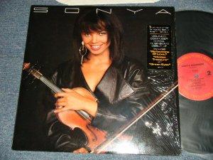 画像1: SONYA ROBINSON - SONYA (MINT/MINT) / 1987 US AMERICA ORIGINAL Used LP