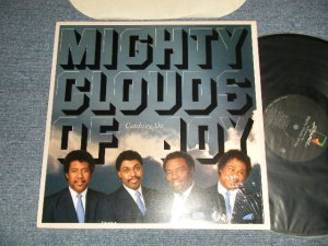 画像1: MIGHTY CLOUDS OF JOY - CATCHING ON (MINT/Ex+++) / 1987 US AMERICA ORIGINAL Used LP